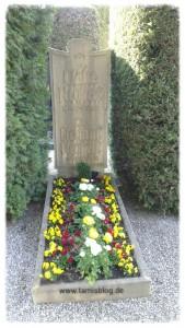 Grab von Claire und Dr. Helmut Neubert